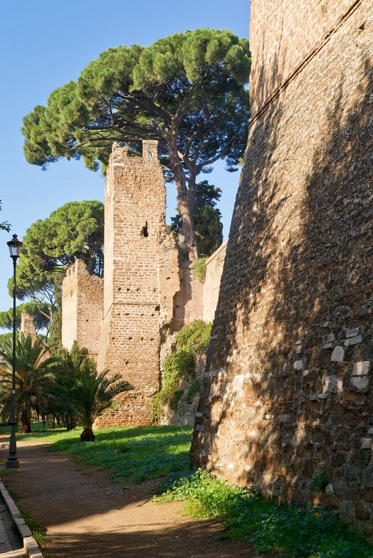 Aurelian-Wall-1R