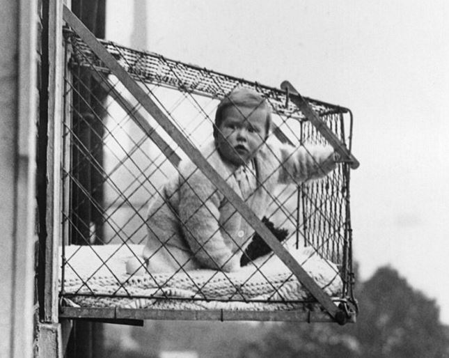 Baby Cage 1922