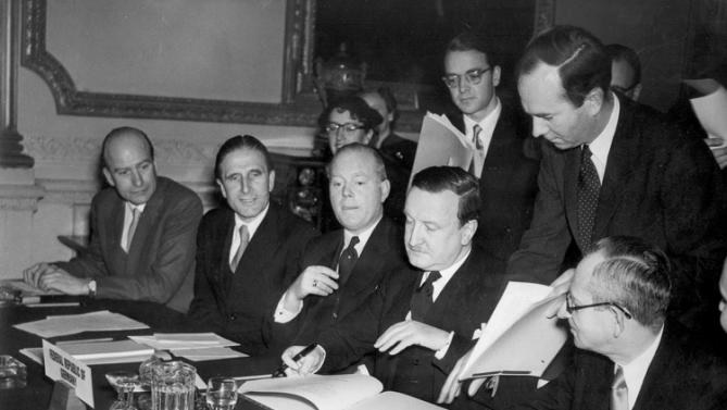 London Agreement signed Aug 1953